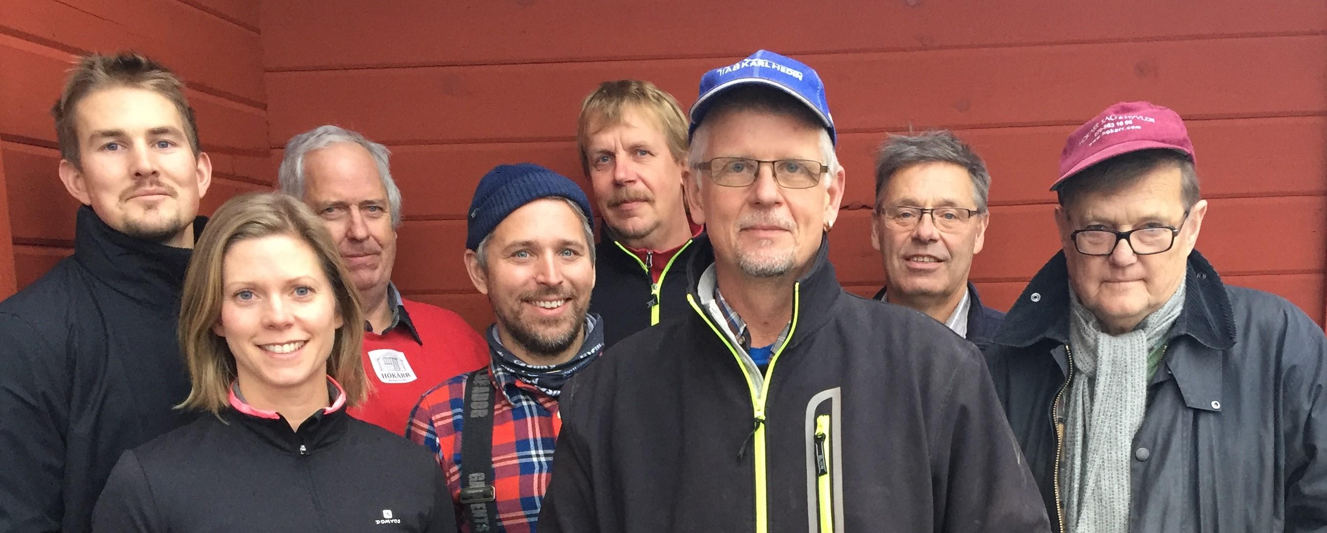 Från vänster: Fredrik, Elin, Bengt, Henrik, Jan, Magnus, Sten och Roland