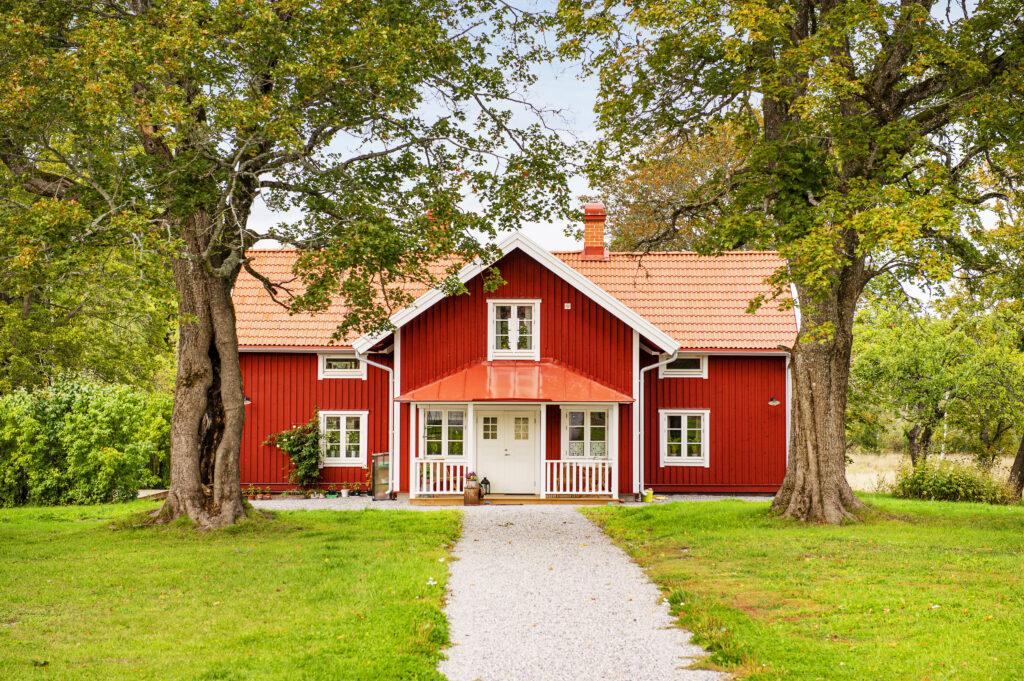 Totalrenovering och utbyggnad någonstans i Eskilstuna